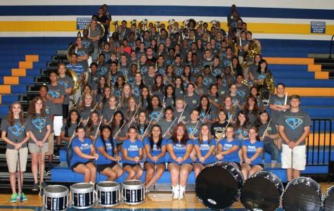 2014-2015 Drum Majors Lead Their Peers