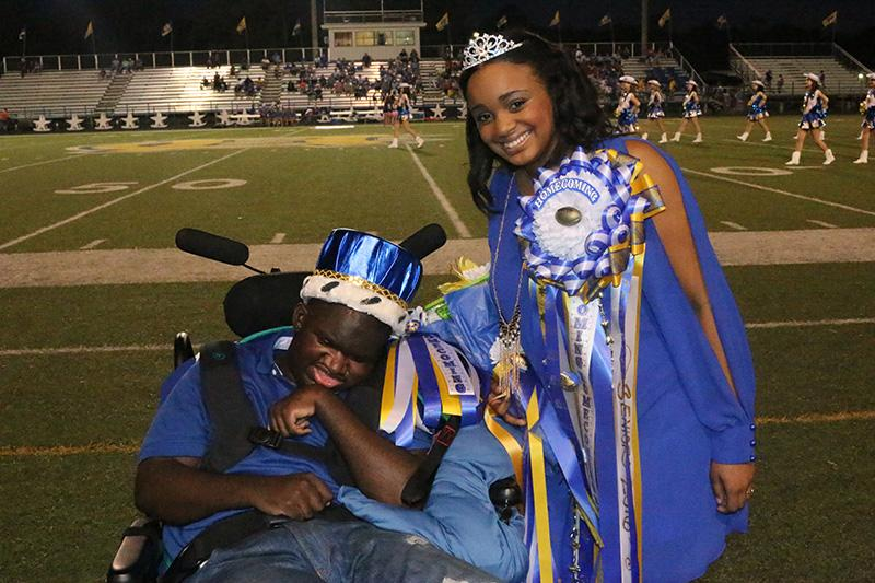 Homecoming 2015 King and Queen are crowned