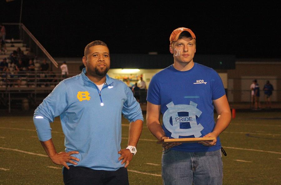 Alumni honored with award