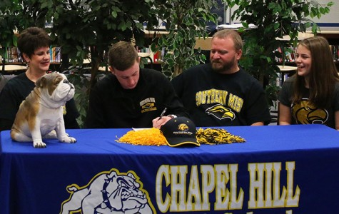 Railsback signs with Southern Mississippi
