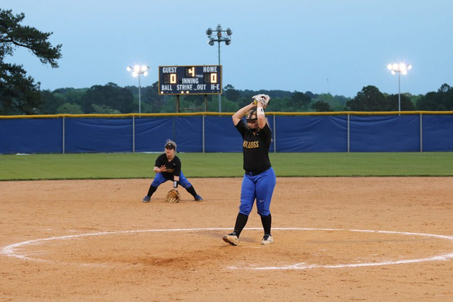 Softball remains undefeated