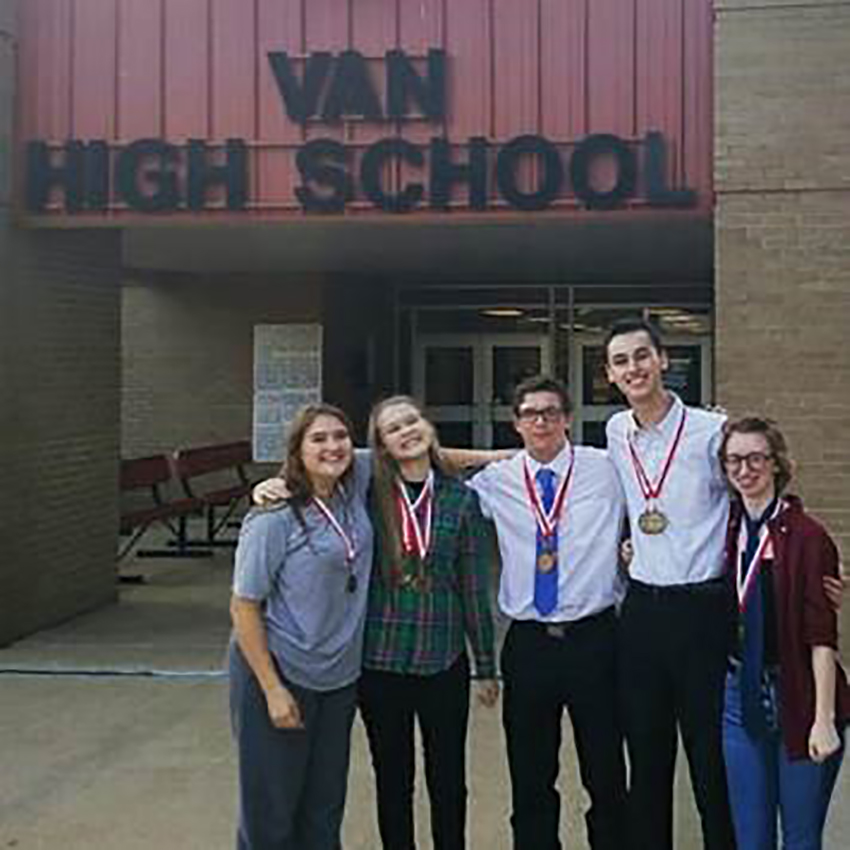 UIL+debate+team+takes+tournament