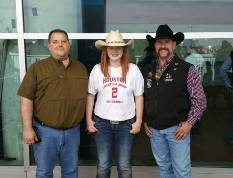 Smith ropes in scholarships