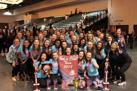 Majorettes advance to State
