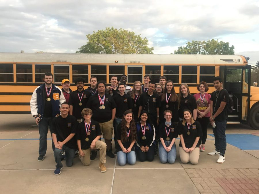 Academic+UIL+competes+at+District