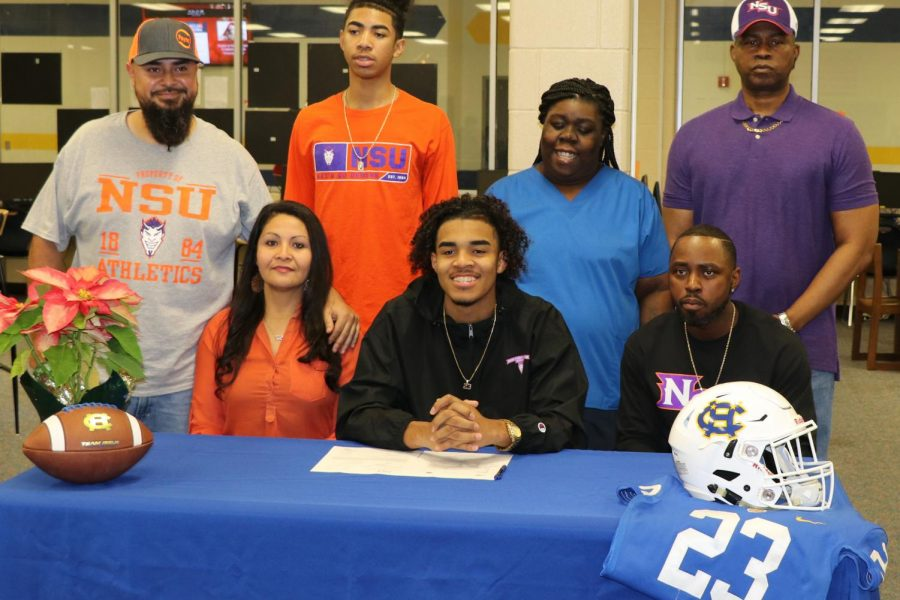 Williams signs to NorthWestern State