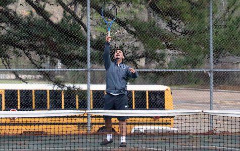 Tennis wins against Troup