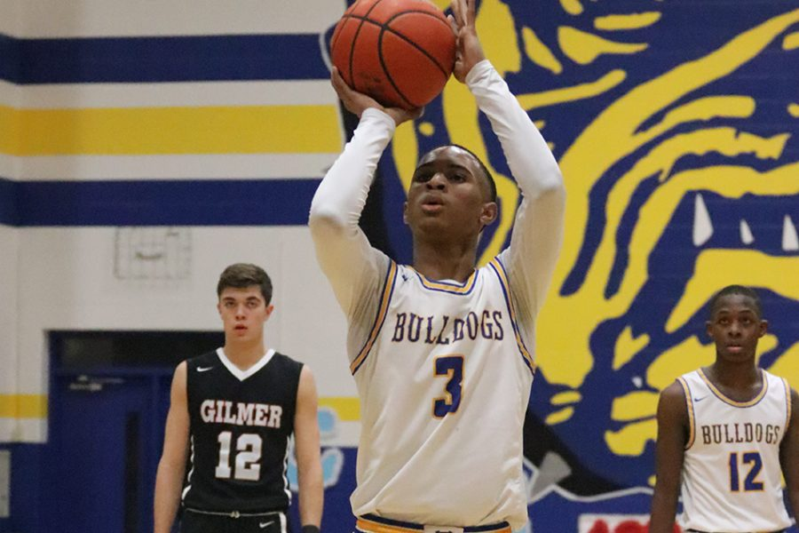 Boys Basketball clinches a Playoffs spot