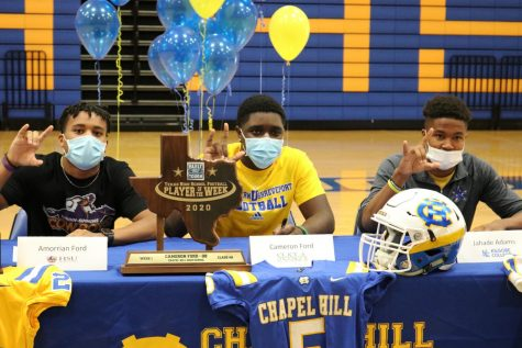 Seniors sign to play college football