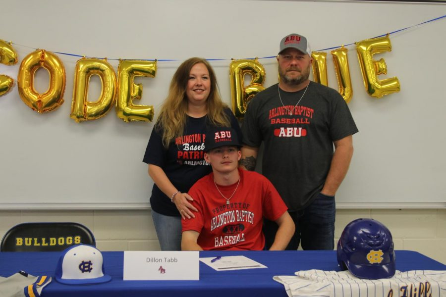 Tabb signs to play college ball